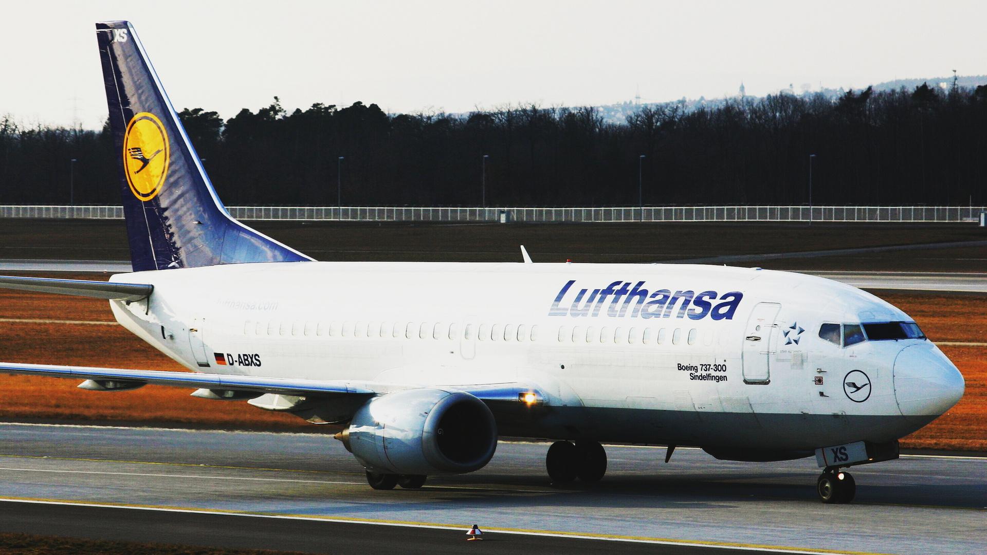 Lufthansa Boeing 737