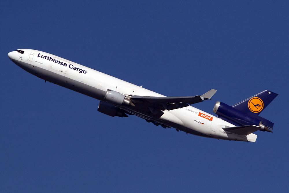 Lufthansa Cargo McDonnell Douglas MD-11F (D-ALCS)
