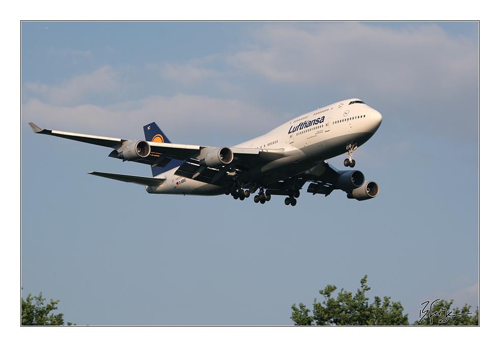 Lufthansa D-ABVC