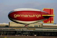 Luftschiff in Tempelhof