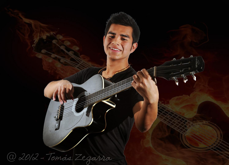 Luis y su guitarra