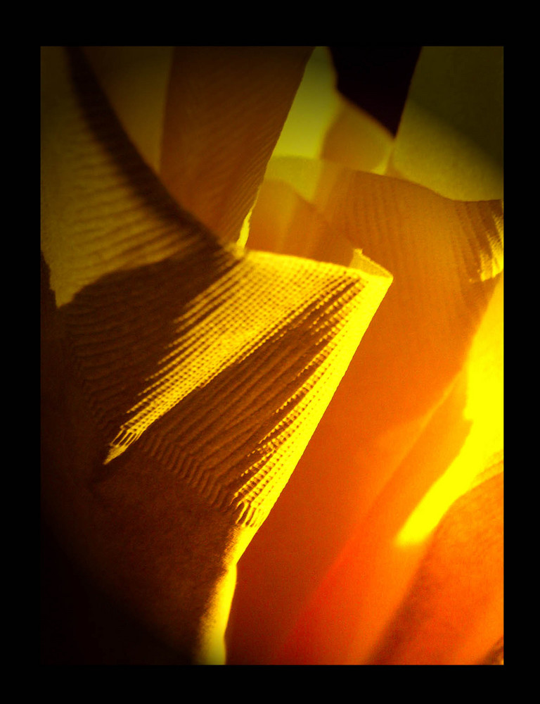 lumière jaune