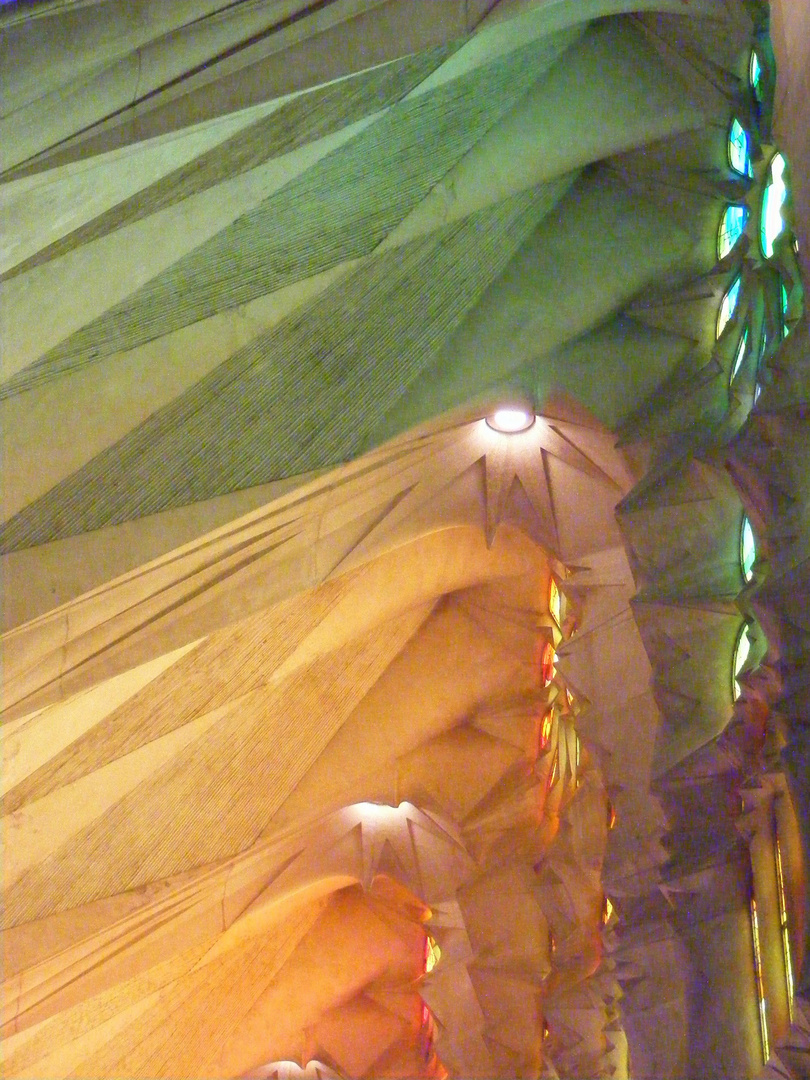 Lumières dans la Sagrada Familia Barcelone