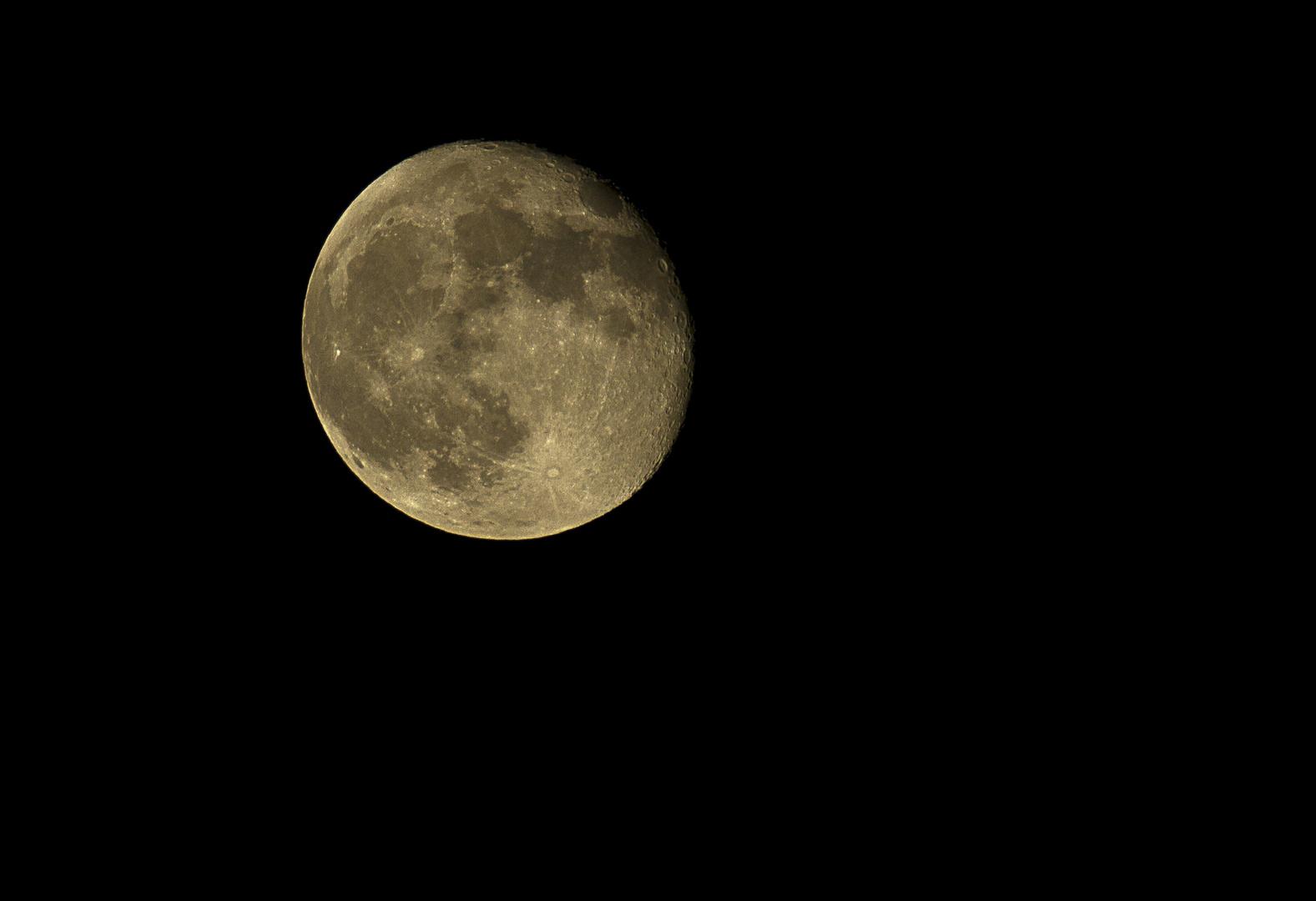 luna piena . . . calante