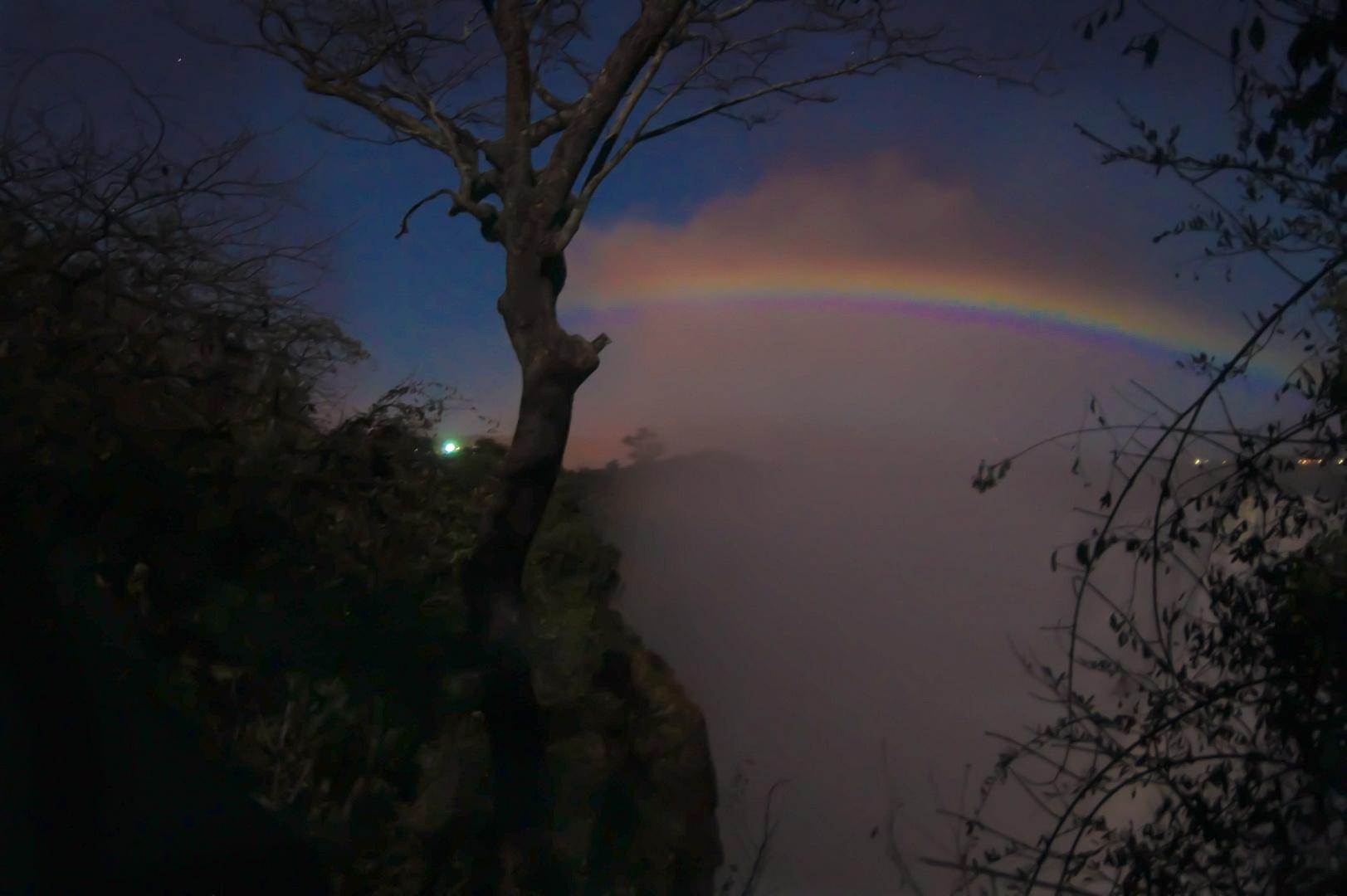 lunarer Regenbogen