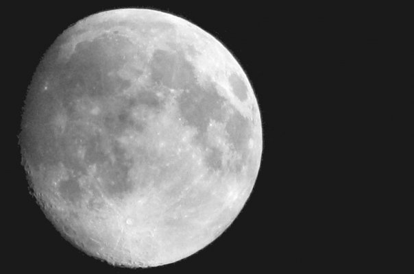 Lune...