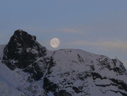 Lune blottie à Gornergrat