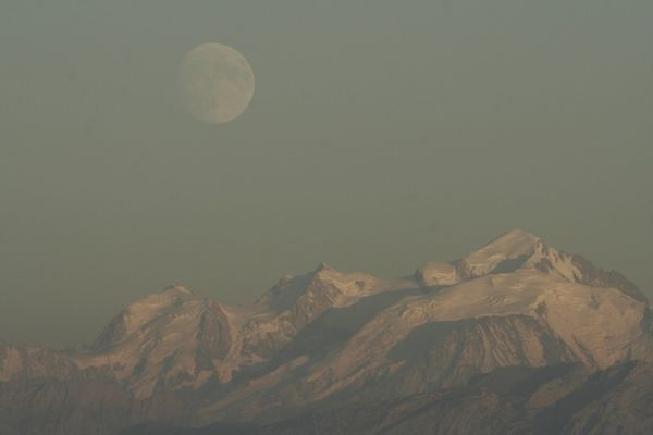 Lune mont-blanc III