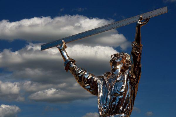 L'Uomo che misura le Nuvole