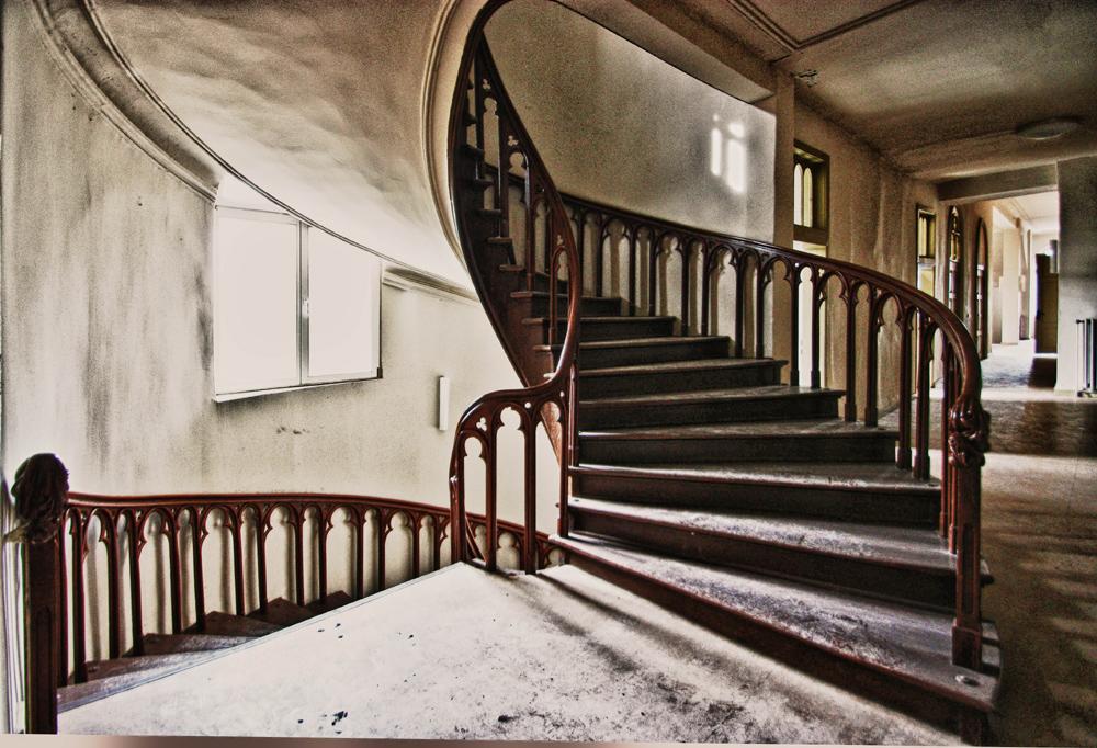 lutzeklinik k then treppenaufgang foto bild deutschland europe sachsen anhalt bilder. Black Bedroom Furniture Sets. Home Design Ideas