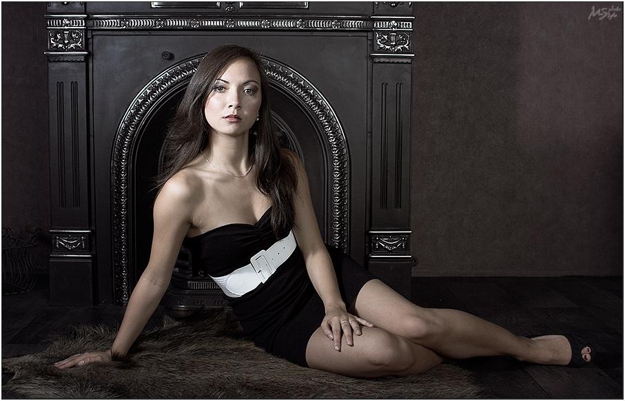 Luxury Lady VI