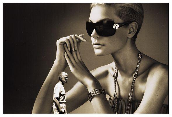.... Luxus (2) ...