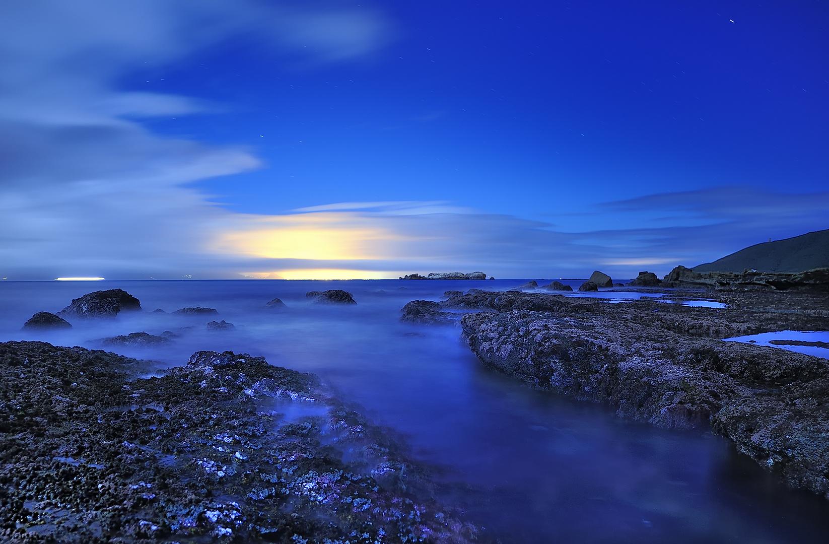Luz en el Estrecho