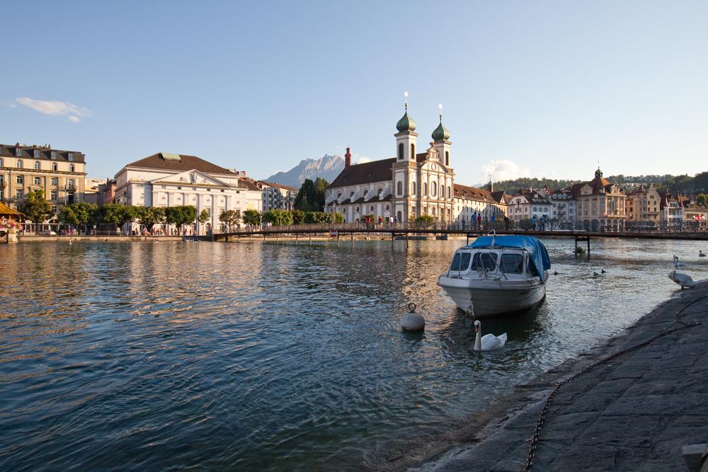 Luzern, am Rathausquai