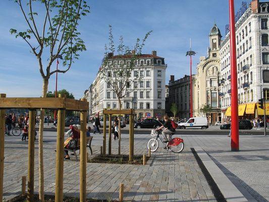 Lyon, die Stadt am Wasser - das neue Rhôneufer 7