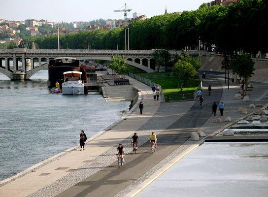 Lyon, die Stadt am Wasser - das neue Rhôneufer 8