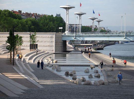 lyon, die Stadt am Wasser - das neue Rhôneufer 9