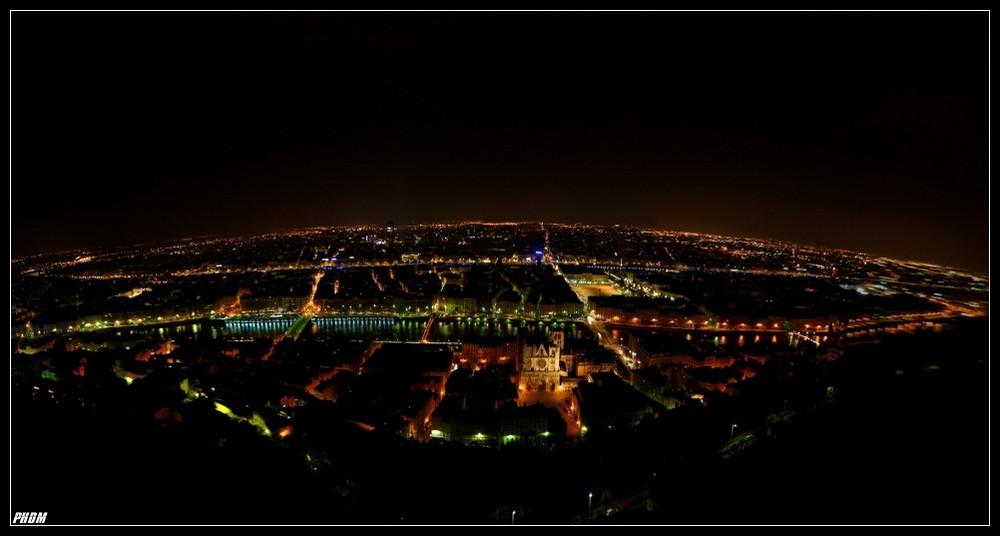Lyon un soir trés tard...