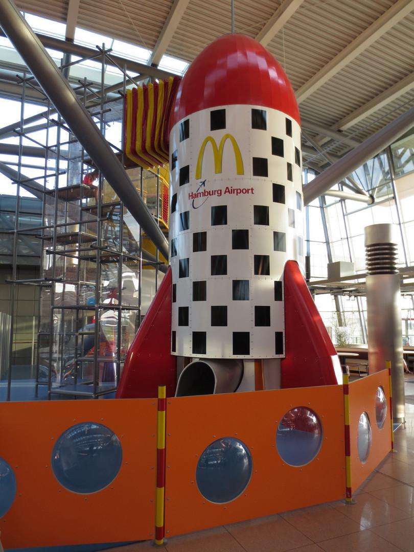 - M - Hamburg Airport