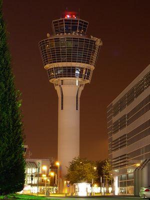 [M] Tower des Flughafen München