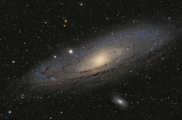 M31 Andromeda vom August B-V-Kalibriert