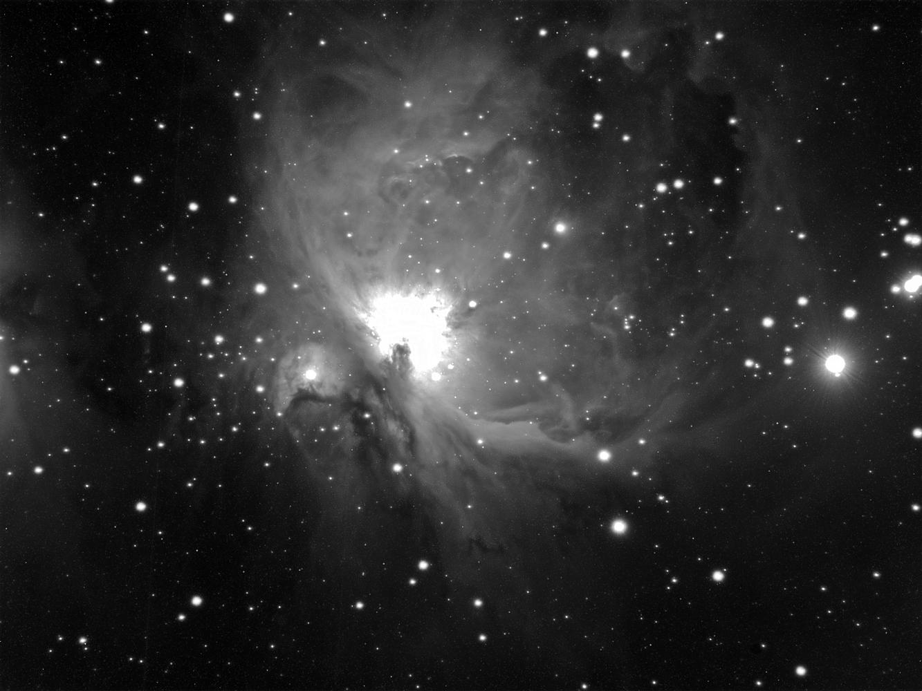 M42 Luminanzeinzelbild mit 10 Minuten Belichtung
