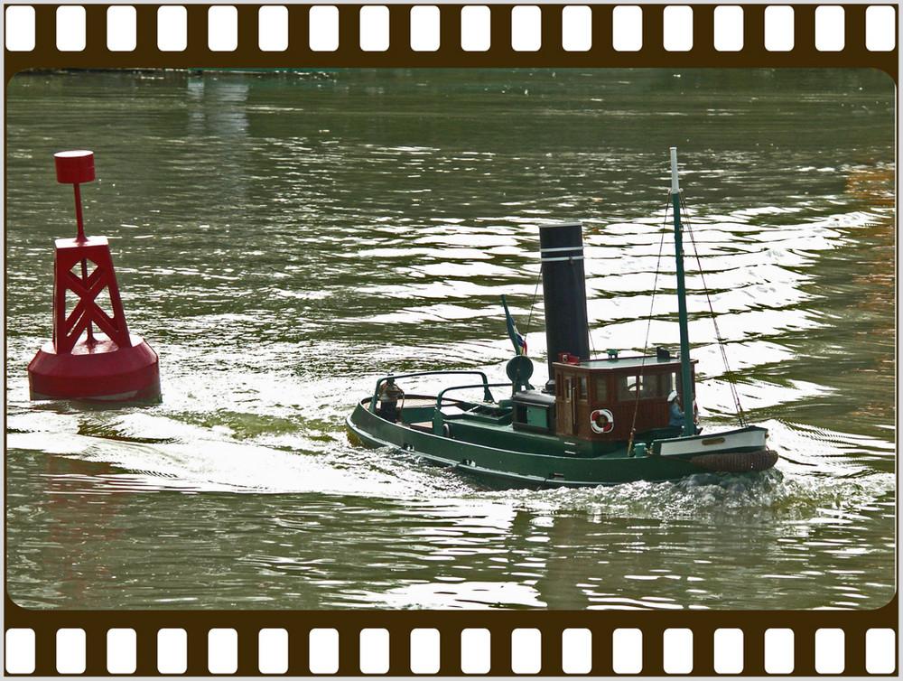 ma deuxieme passion apres la photo,mon bateau a vapeur( le stéphie)