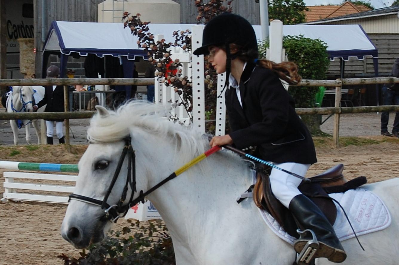 Ma fille et sa monture lors d'un CSO