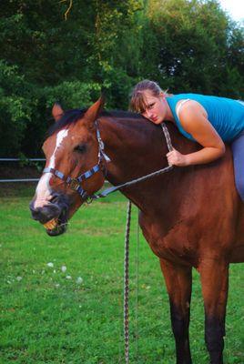 Ma meilleure amie et son cheval Brandy de la Cour ancien étalon des haras nationaux