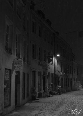 Ma ville de nuit sous la neige
