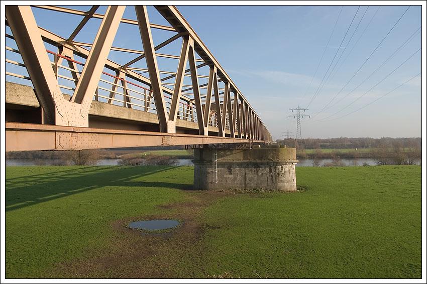 Maasbrücke bei Gennep