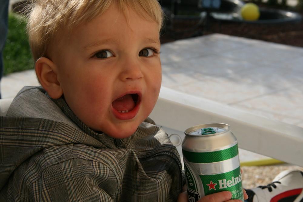 Mach mal einer das Bier auf!!!
