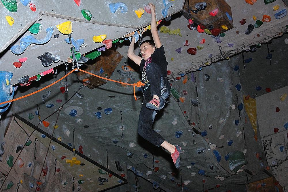 mach mal Pause -:)) -LUCA in der Kletterhalle IMST