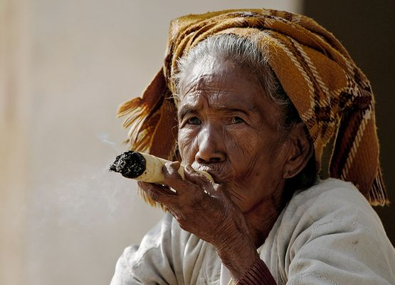 Macht Rauchen Falten?
