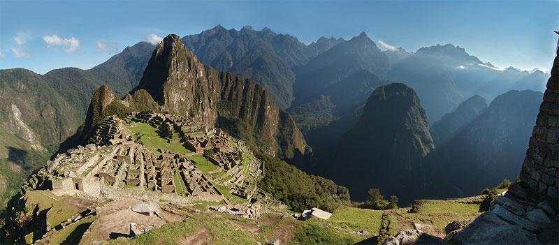 Machu Picchu - versunkene Stadt in den Anden
