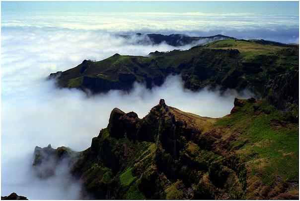 Madeira - Über den Wolken.........................!