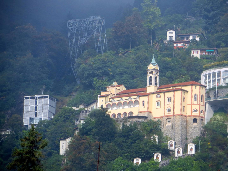 Madonna del Sasso ... Der Heilige Berg von Orselina ...