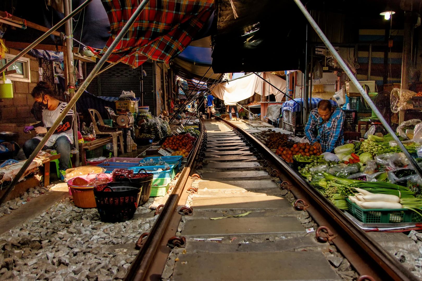 Mae Klong Railway Market