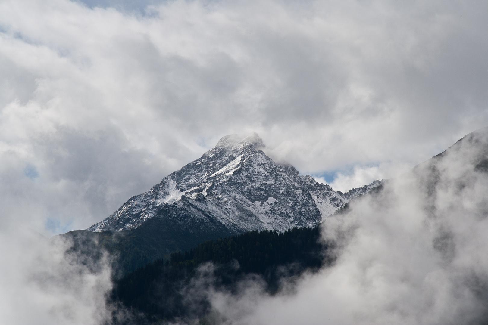 Mächtiger Berg