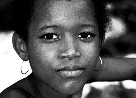 Mädchen auf La Digue/ Seychellen