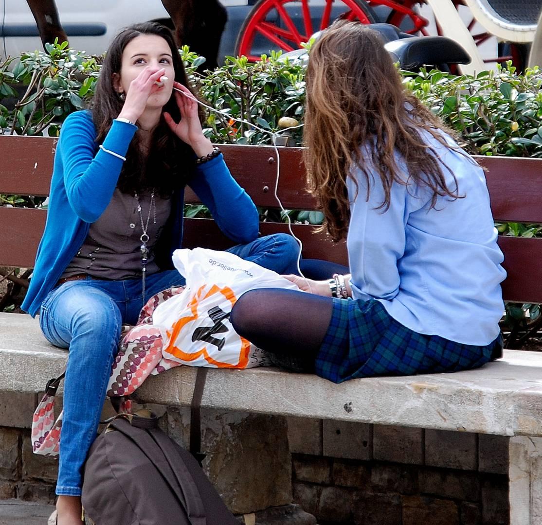 Mädchen mit MP3 Player