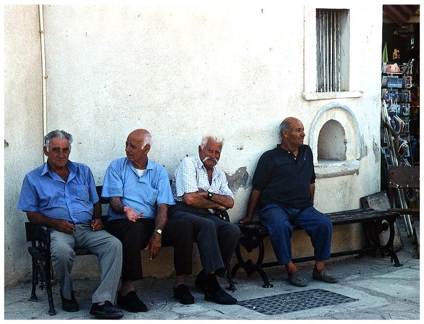 Männerwelt...in Polis