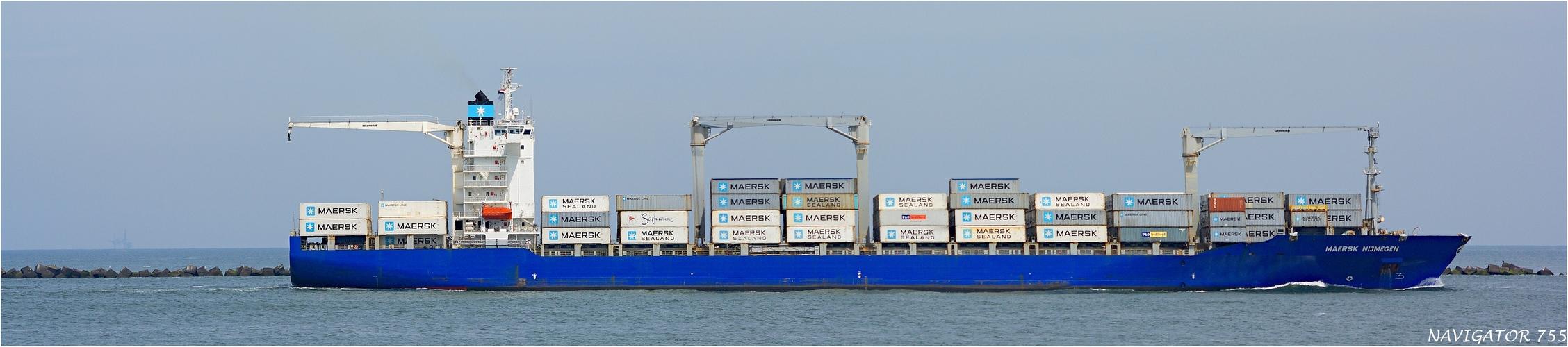 MAERSK NIJMEGEN / Container Ship.  /  Bitte scrollen!