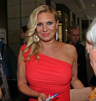 Magdalena Brzeska verlässt das Hilton Hotel in Berlin