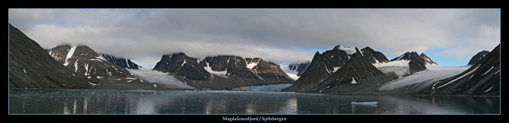 Magdalenenfjord auf Spitzbergen
