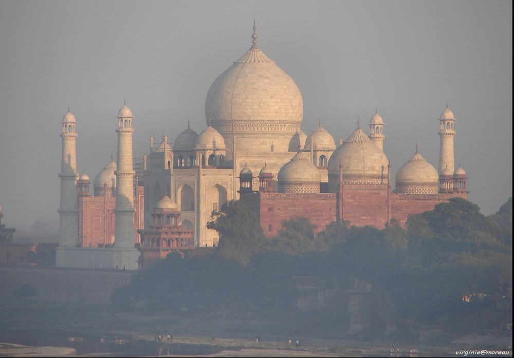 Magic Taj Mahal...