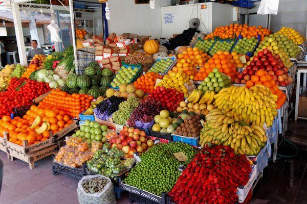 Magnifique étal de fruits et legumes turques