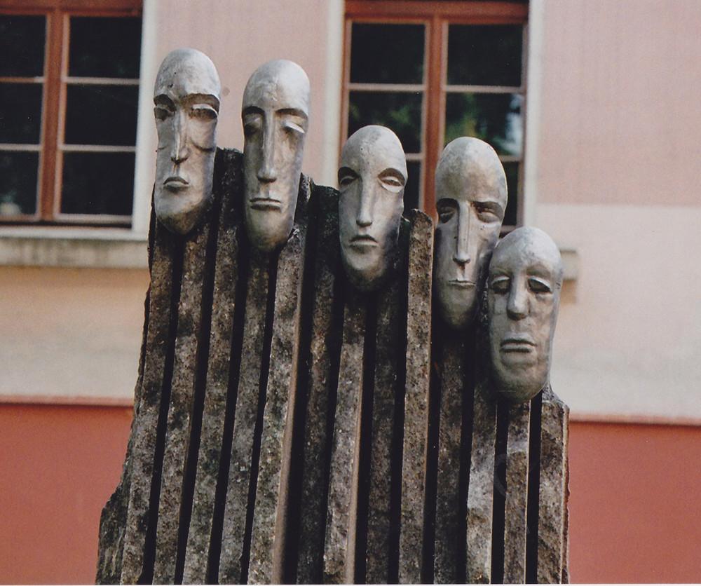 Mahnmal in Bydgoszcz (Bromberg) vor dem Dom (s.u.)
