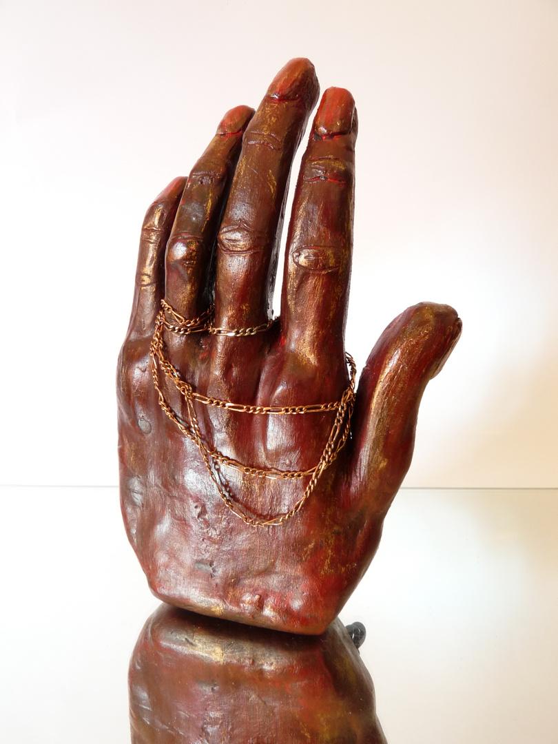 Main d'artiste de Sylvie (terre cuite patinée à la cire)