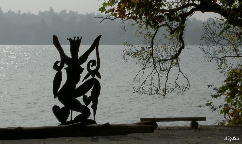 Mainau - Herbststimmung mit Szczesny-Skulptur